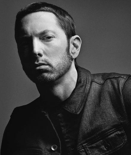 """Pour le clip """"River"""" Eminem invite une superstar de la pop"""