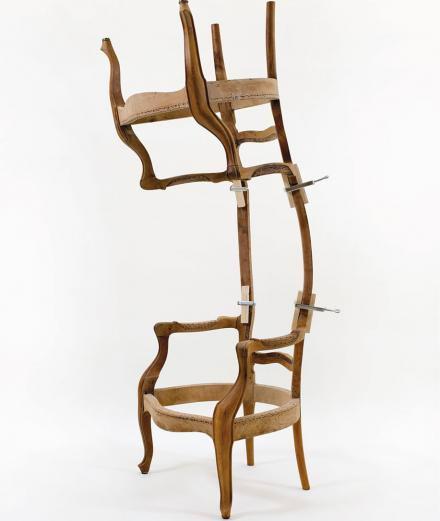 Les assises mutantes de Didier Fiuza Faustino à la galerie Michel Rein