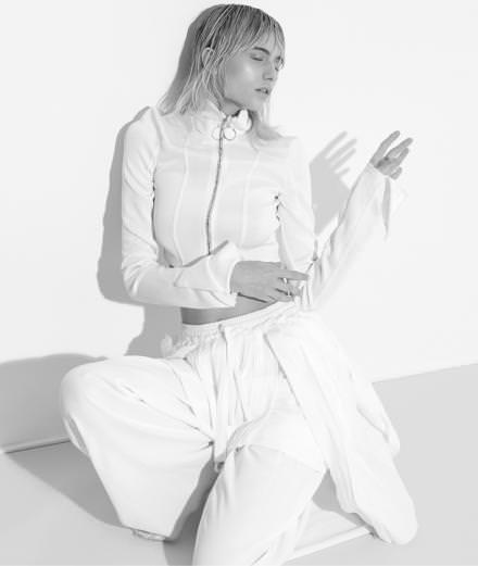 Comment Virgil Abloh avec le label Off-White a-t-il redéfini les codes du streetwear?