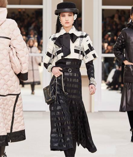 Chanel fall-winter 2016-2017 runway show