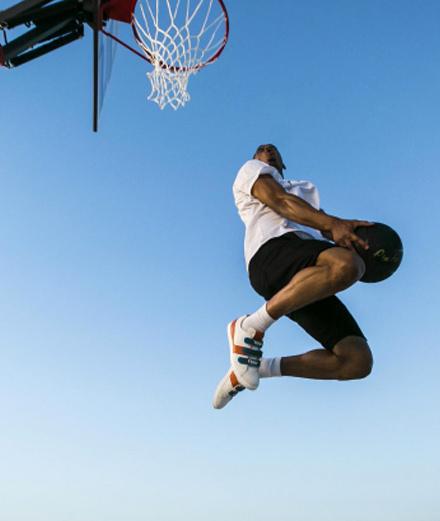 Un joueur de NBA dans la nouvelle vidéo F is for... de Fendi