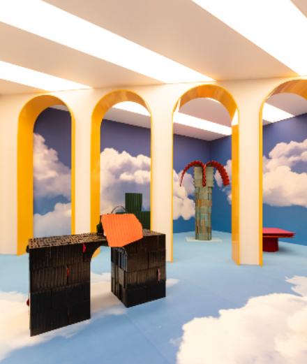 Fendi transporte dans une Rome onirique à Design Miami