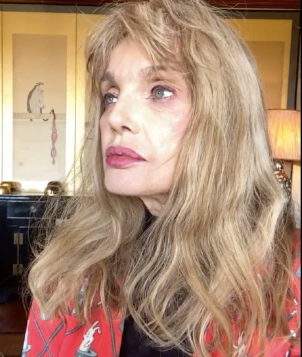 L'interview FaceTime avec… Arielle Dombasle