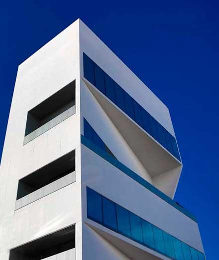 La Fondation Prada inaugure une tour réalisée par Rem Koolhaas