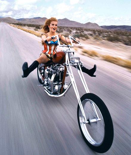 Marilyn Monroe, Brigitte Bardot, Coco Chanel… Les portraits de stars de Douglas Kirkland, disciple d'Irving Penn