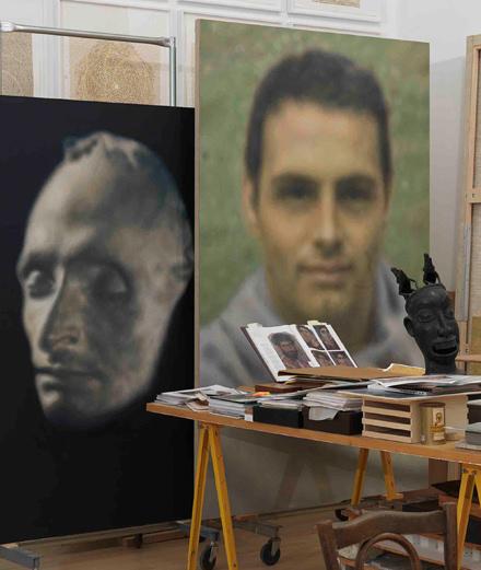 Le maître iranien Y.Z Kami expose ses portraits troublants à la galerie Gagosian