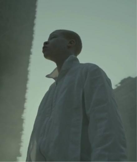 """Jamie XX's """"Gosh"""", the new subversive music video directed by Romain Gavras"""