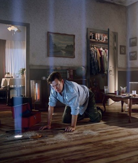 11 scary scenes by Gregory Crewdson