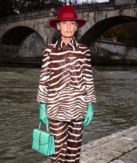 Gucci invite deux icônes de mode à porter sa collection prefall 2020