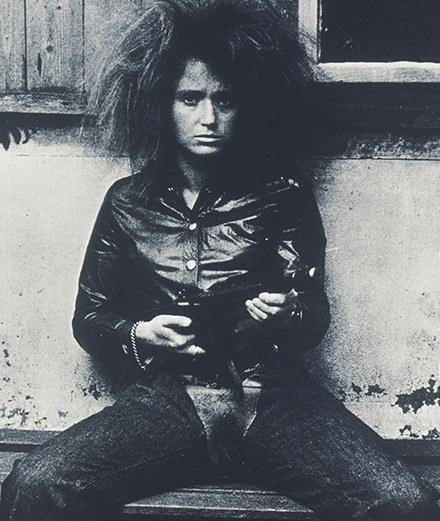 Il y a 50 ans, l'artiste Valie Export déchirait son pantalon