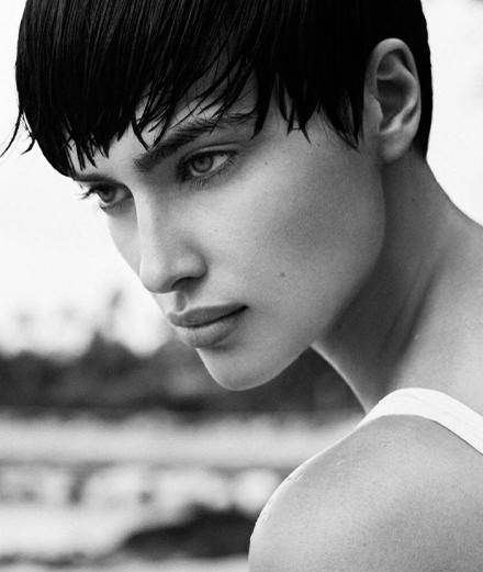 Irina Shayk en 13 photos sensuelles sur Instagram
