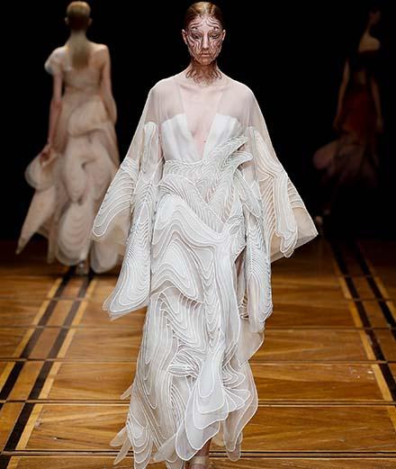Le défilé Iris Van Herpen haute couture printemps-été 2019