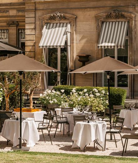 Un brunch en terrasse dans un cadre idyllique avec Apicius