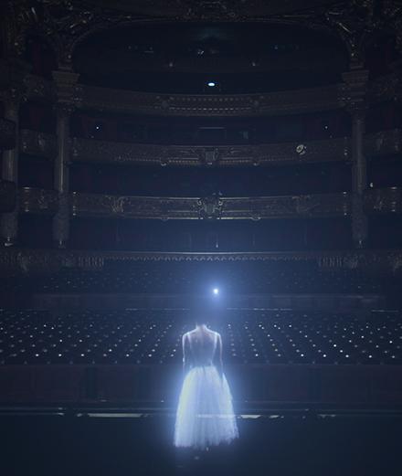 Un robot hante le Palais Garnier