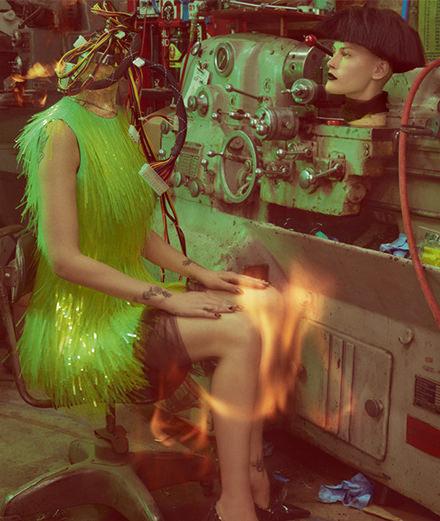 """La série mode """"La mutante"""", par Hugh Lippe"""