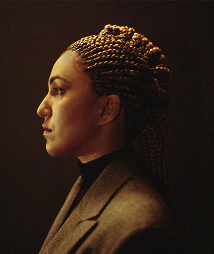Lafawndah annonce son deuxième album avec un titre envoûtant