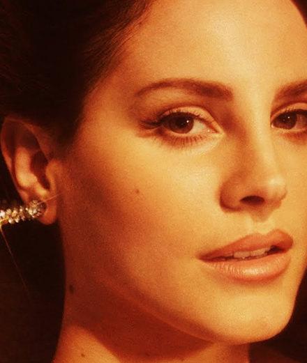 """L'idylle lancinante de Lana del Rey dans son nouveau clip """"White Mustang"""""""