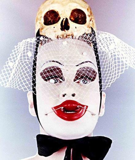 Qui est Leigh Bowery, incarnation de l'extravagance ?