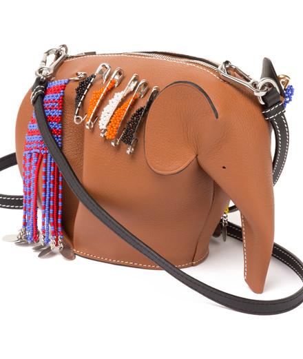 L'objet du jour : le minisac éléphant de Loewe