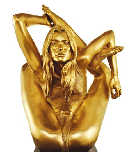 Qui est Marc Quinn, le sculpteur star qui vient de voir sa statue retirée à Bristol ?