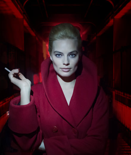 "For ""Terminal"", Margot Robbie shows us her inner femme fatale"