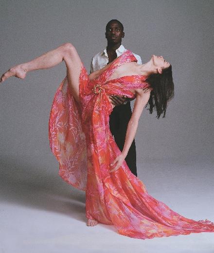 Marie-Agnès Gillot fait danser un boxeur