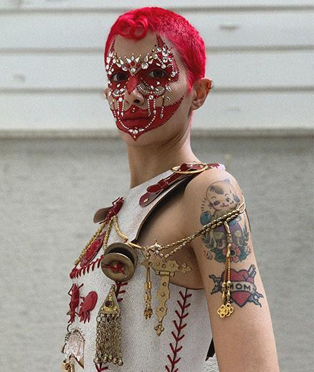 Baroque et orientalisme: pourquoi la mode masculine bascule-t-elle vers l'opulence?