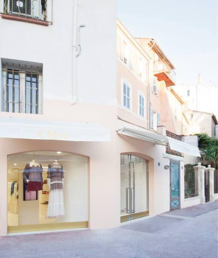 Chloé s'installe à Saint-Tropez