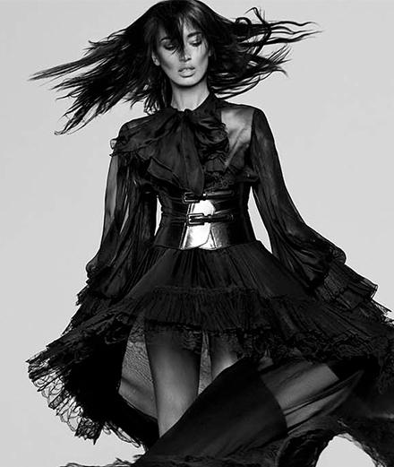 Offrez-vous le portrait d'Anaïs Mali par Mondino