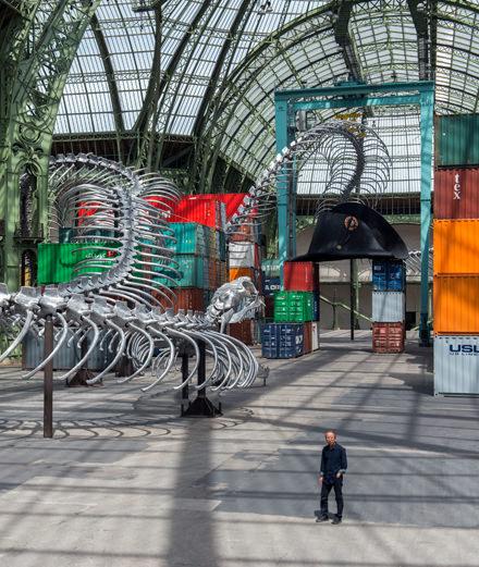 Monumenta 2016 : qui est Huang Yong Ping, dont l'installation monumentale a envahi le Grand Palais ?