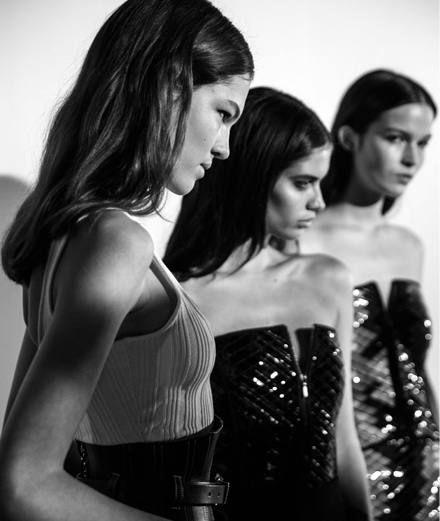 Backstage : Mugler spring-summer 2018 fashion show by Mehdi Mendas