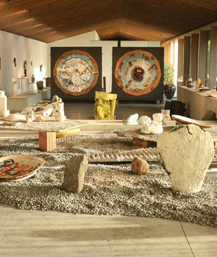 Pourquoi la céramique est-elle à la mode ? Réponse avec l'artiste Natsuko Uchino