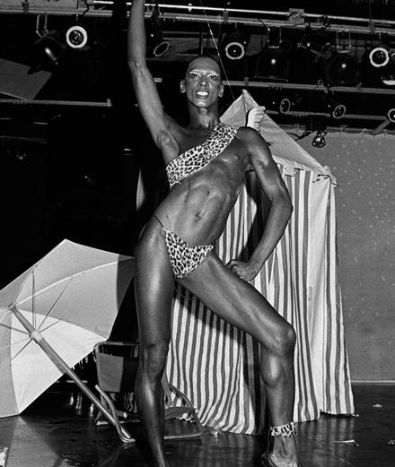 Les secrets du disco libertin des années 70 révélés par le musée du sexe
