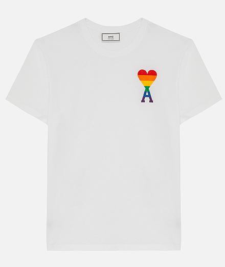 Objet du jour : le tee-shirt Ami Rainbow en soutien à la cause LGBT