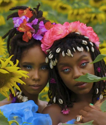Oshun : le duo hip-hop ultra mystique