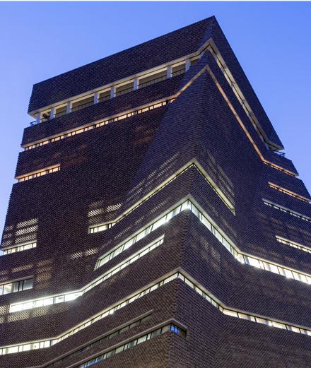 """Nouvelle Tate Modern: une cathédrale pour l'art digne de """"Star Wars"""""""