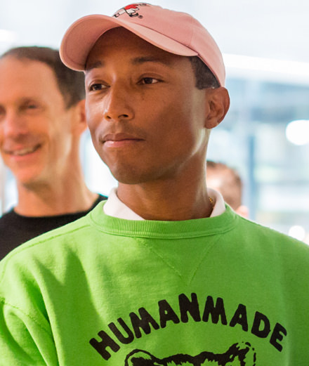 Pharrell Williams, ambassadeur d'Adidas chez Station F