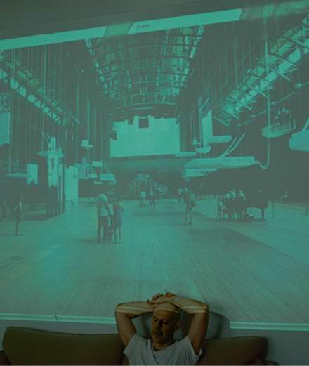 Rencontre avec Philippe Parreno, le Français qui investit la Tate Modern à Londres
