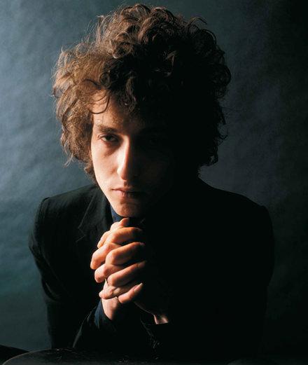 Portraits de Tina Turner ou de Dylan, qui sont les quatre photographes exposés à la galerie Dina Vierny, à Paris ?