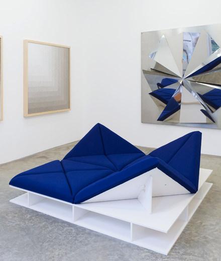 La Galerie Perrotin célèbre Pierre Paulin, designer visionnaire et atypique
