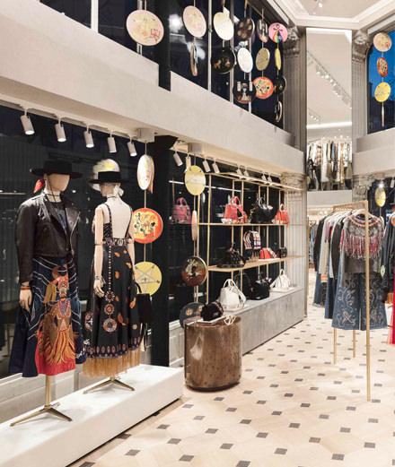 Que nous réserve le nouveau pop-up store de Dior rue Saint Honoré ?