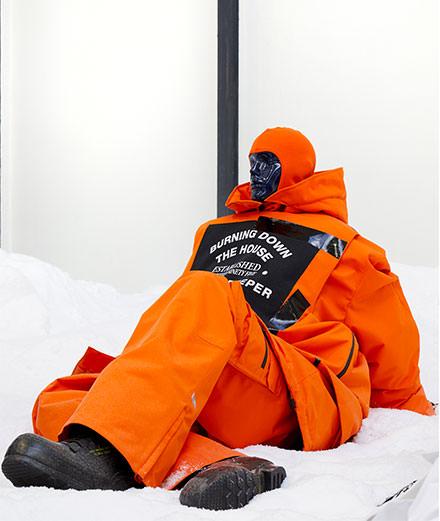 La collaboration Raf Simons x Templa réinvente l'équipement de ski de luxe