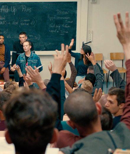 """Le réalisateur Robin Campillo revient sur son film évènement """"120 battements par minute"""""""