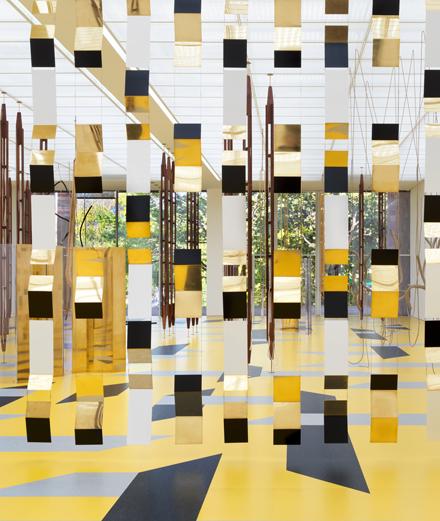 Cinq artistes se jettent dans le vide à la Fondation Beyeler