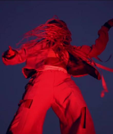 """Pop euphorique et groove endiablé pour la vidéo """"Big South"""" de Rocky"""