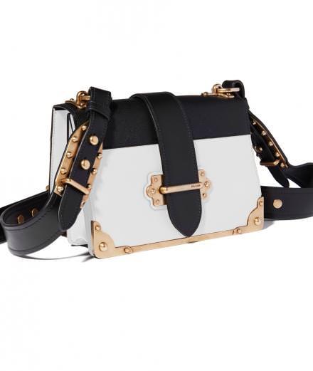 L'objet fétiche de la semaine : le sac Cahier de Prada