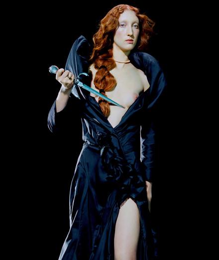 """Exclusif : la série mode """"Lucrèce Borgia"""" par Miles Aldridge"""