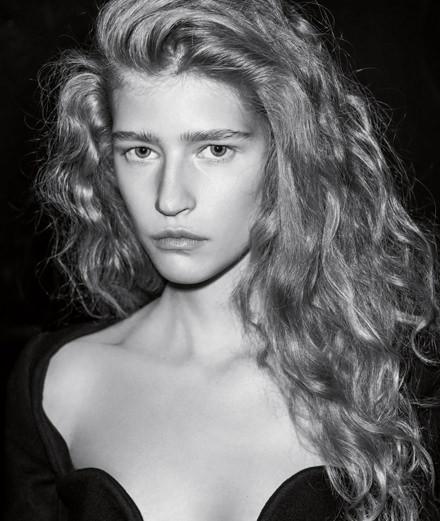 """La série mode """"Paris by night"""" par Marco van Rijt"""