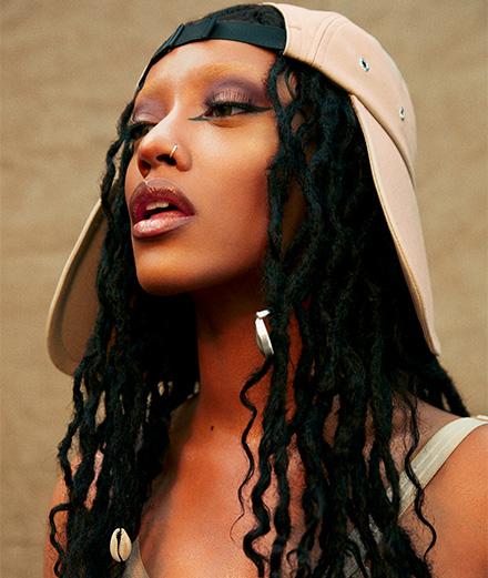 Rencontre avec Shay, la princesse trash du rap