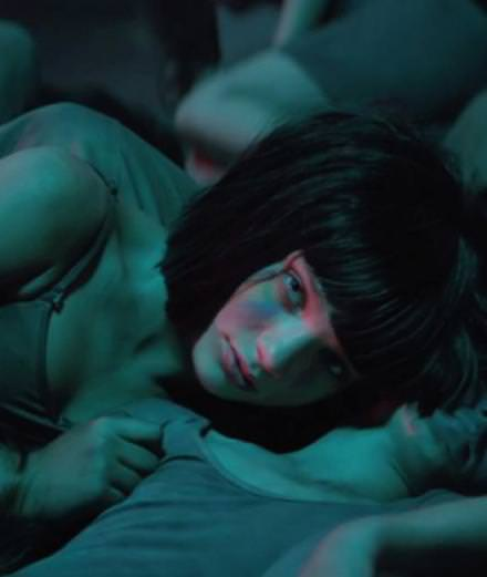Sia pays tribute to victims in Orlando with her video, The Greatest